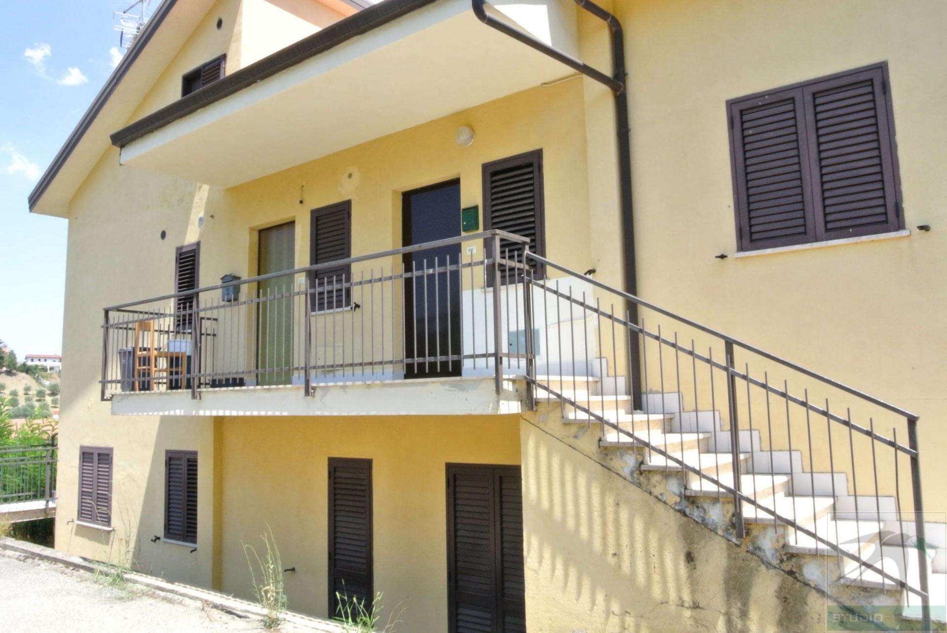 Appartamento in Affitto 56,00 mq - N. camere: 3 - - Rende - Rocchi-S.Stefano-Arcavacata (CS)