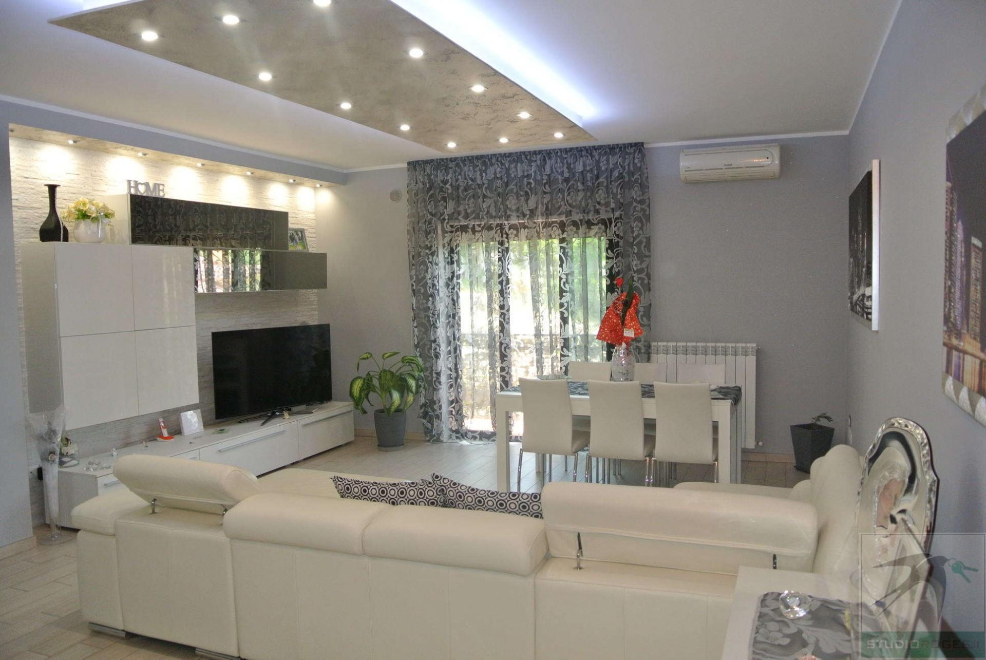 Appartamento in Vendita 109,63 mq - N. camere: 3 - - Zumpano - Zumpano (CS)