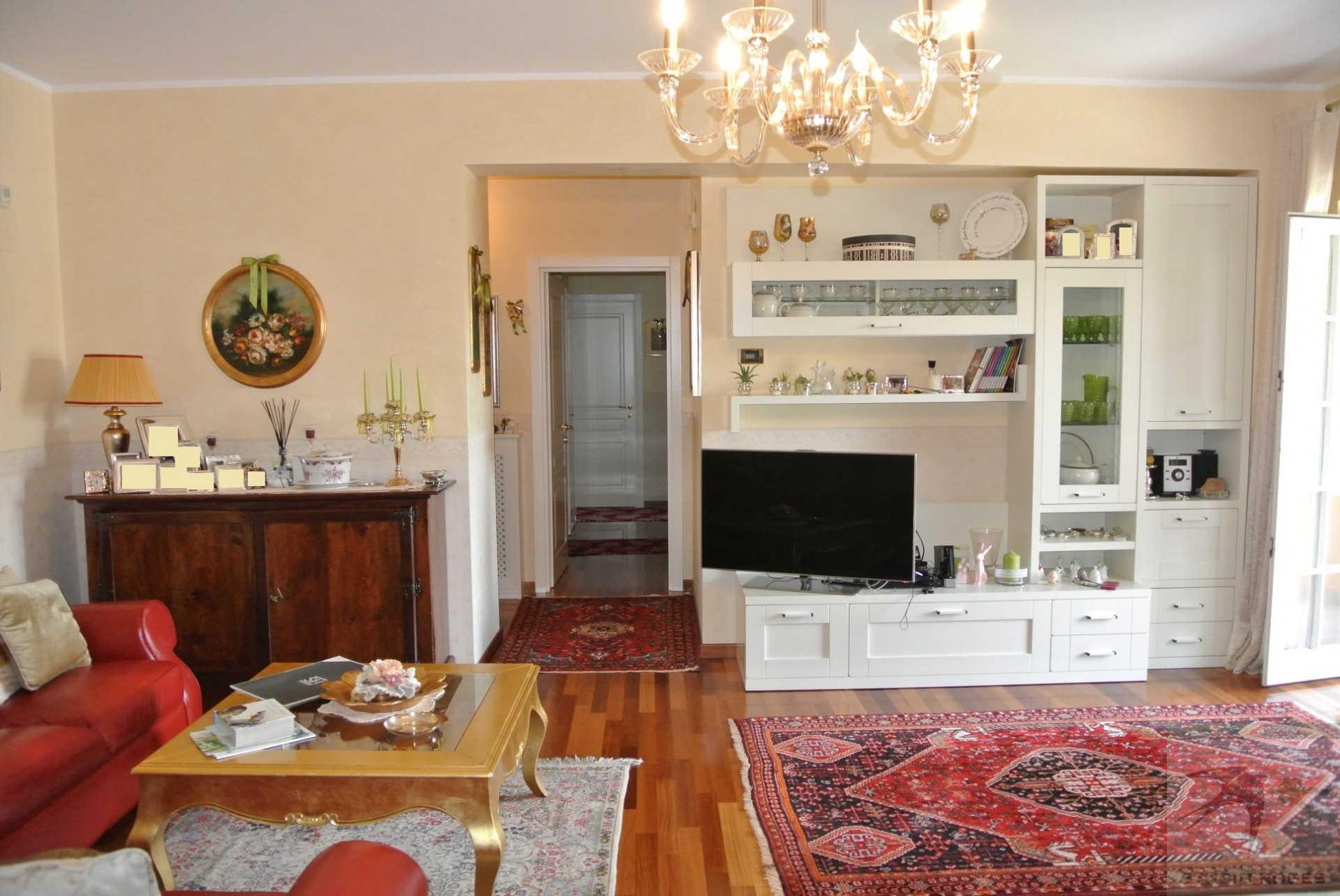 Appartamento in Vendita 128,11 mq - N. camere: 4 - - Rende - Saporito-Surdo-Malvitani (CS)
