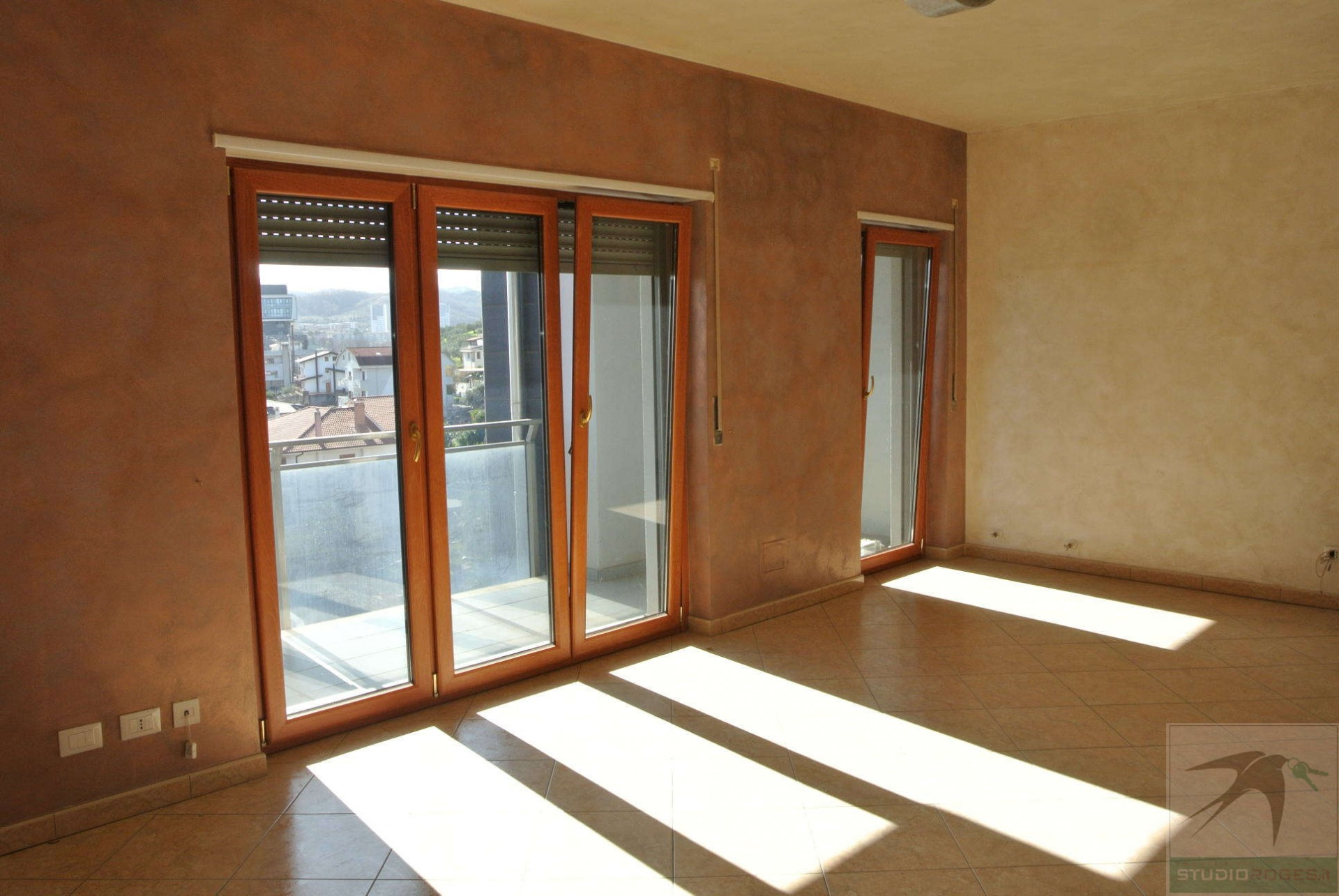 Appartamento in Affitto 130,00 mq - N. camere: 3 - - Rende - Roges-Commenda (CS)