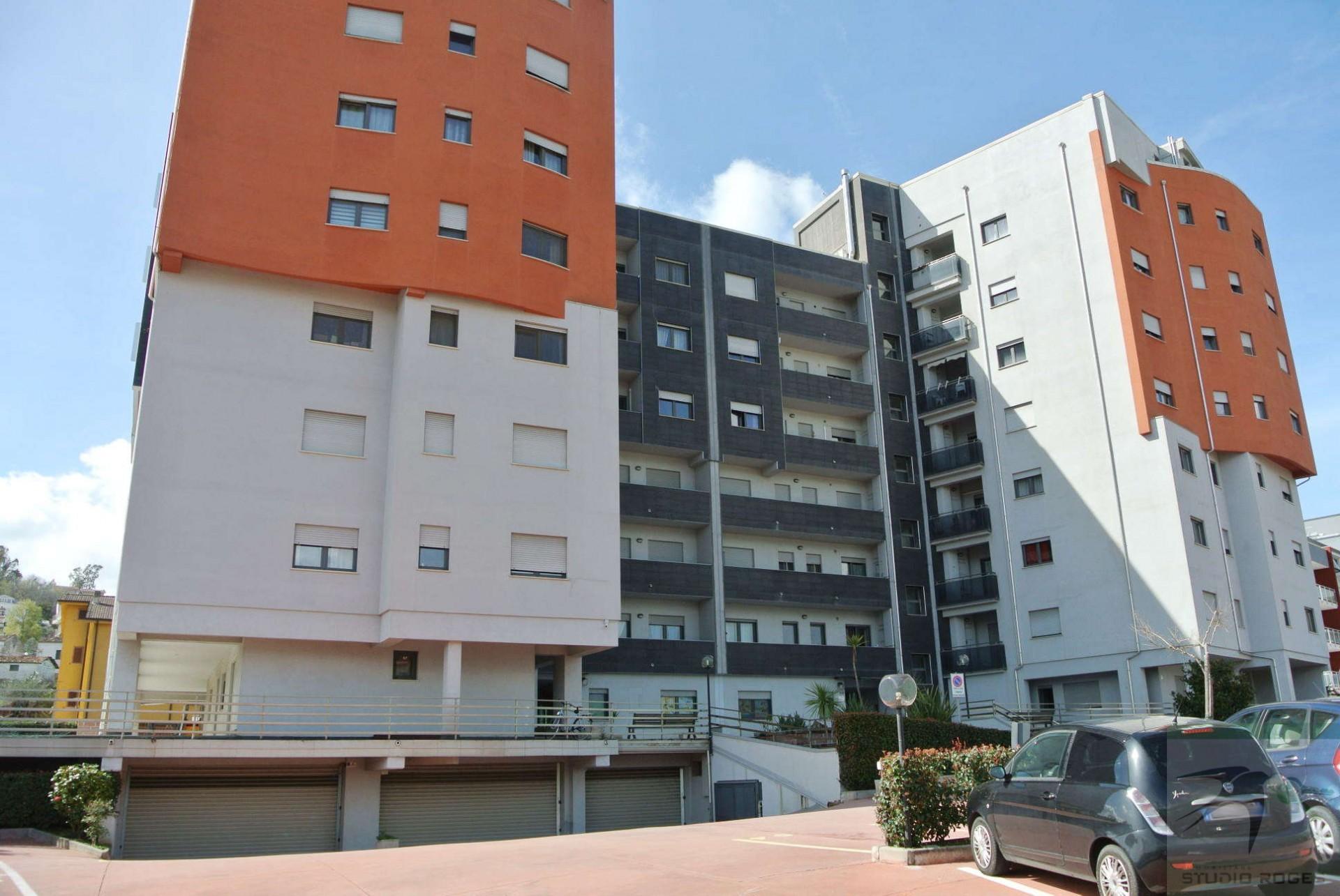 Appartamento in Vendita 114,00 mq - N. camere: 3 - - Rende - Roges-Commenda (CS)
