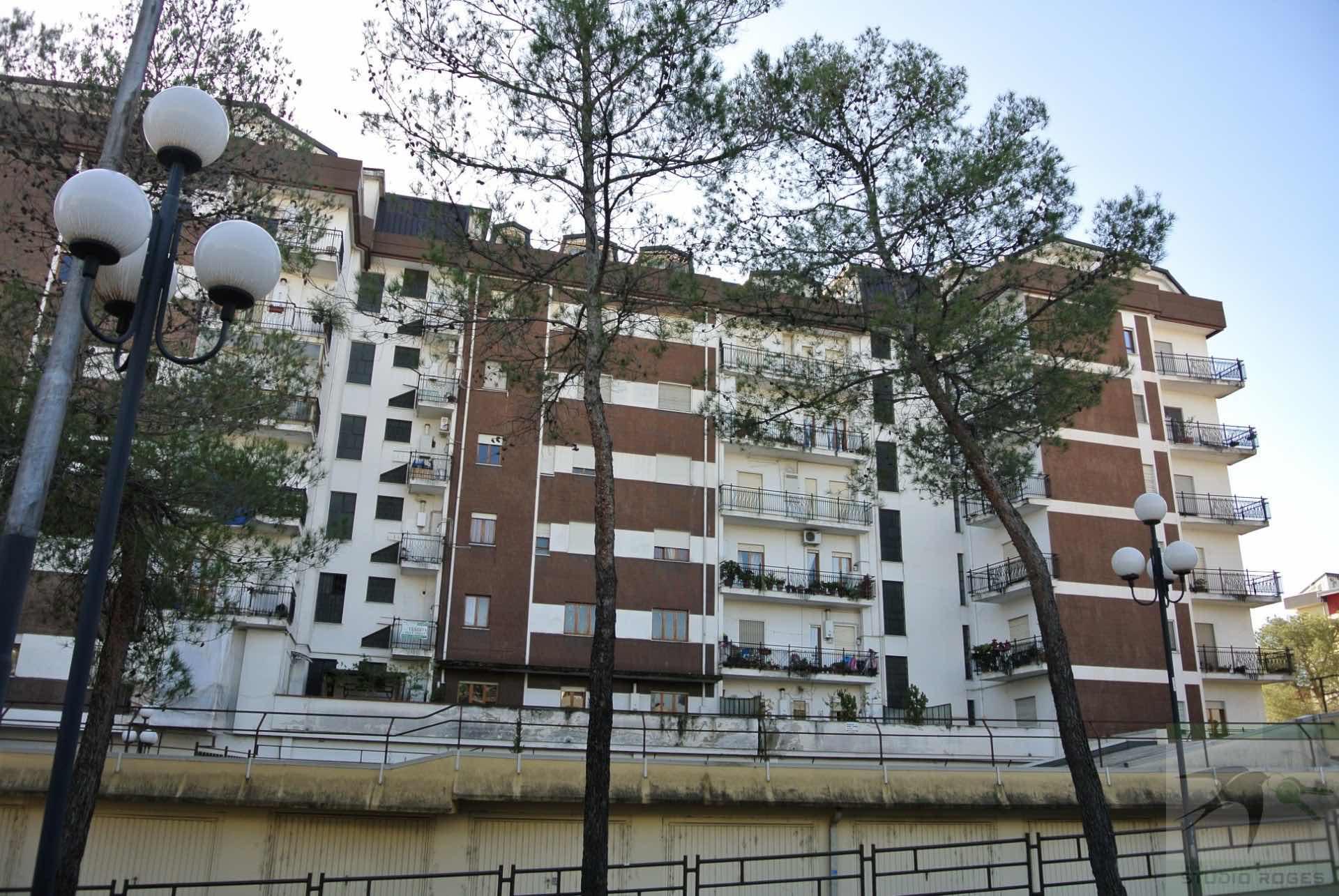 Appartamento in Vendita 175,10 mq - N. camere: 5 - - Rende - Roges-Commenda (CS)