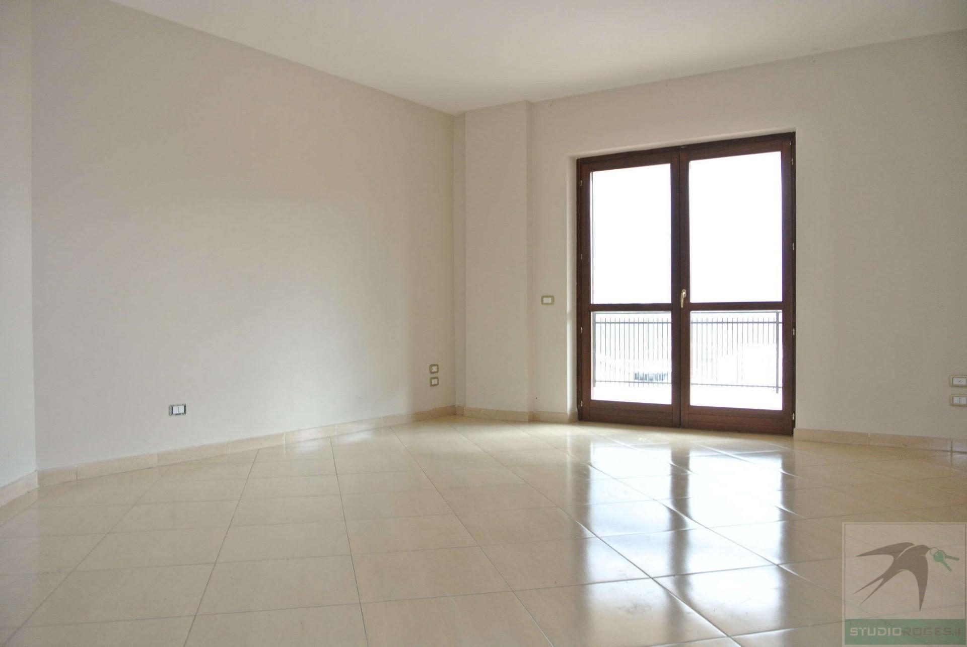 Appartamento in Affitto 128,76 mq - N. camere: 4 - - Cosenza - Cosenza (CS)
