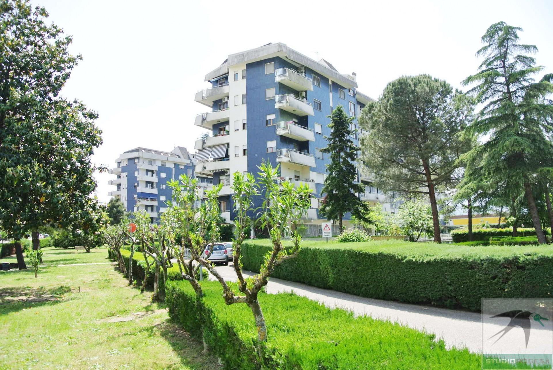 Appartamento in Affitto 93,62 mq - N. camere: 2 - - Rende - Quattromiglia-Viale dei giardini (CS)