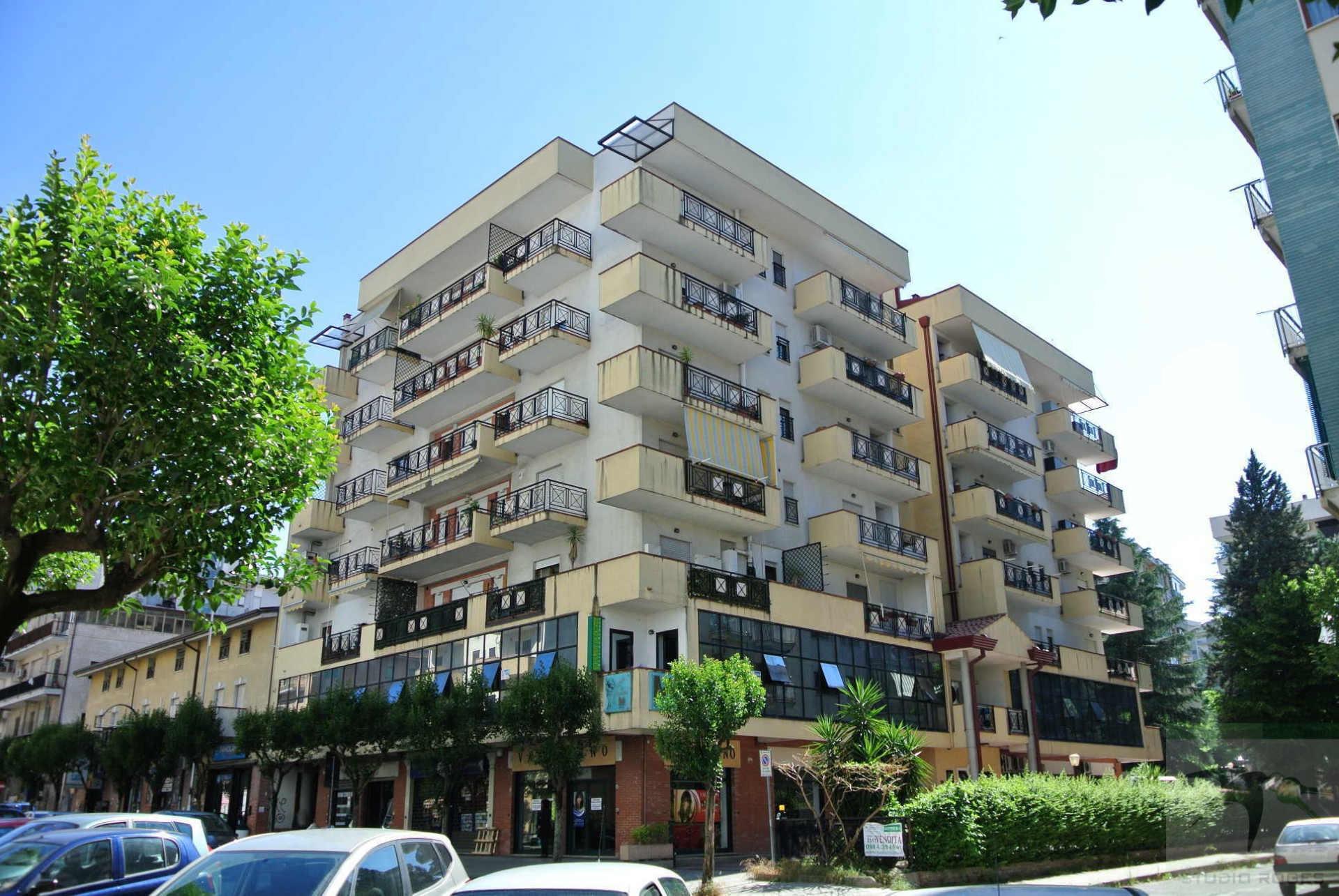 Appartamento in Vendita 130,95 mq - N. camere: 3 - - Cosenza - Cosenza (CS)