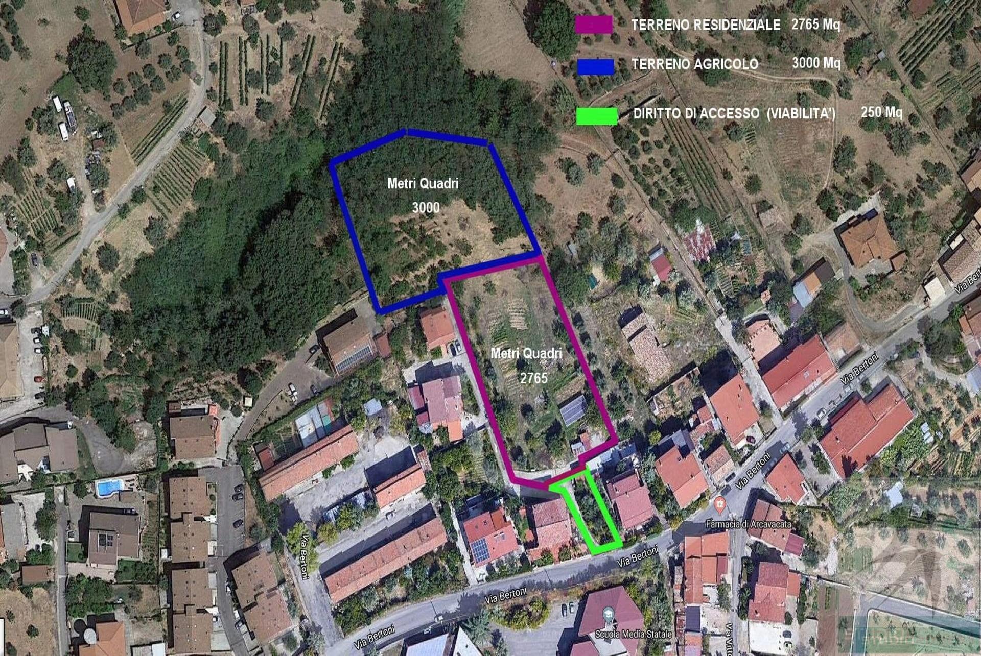 Terreno in Vendita 5765,00 mq - - Rende - Rocchi-S.Stefano-Arcavacata (CS)