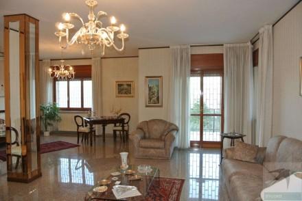 Codice annuncio: Villa Dipignano720 - 1