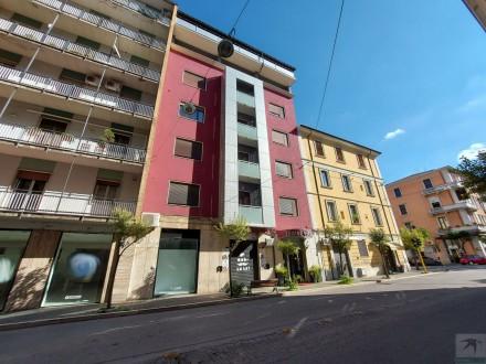 Codice annuncio: Magazzino-garage-capannone Cosenza9720 - 1