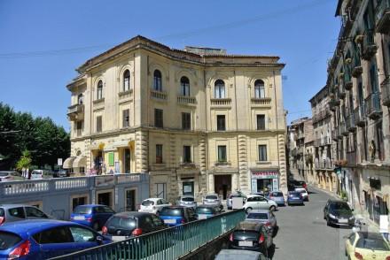 Codice annuncio: Magazzino-garage-capannone Cosenza13113 - 1