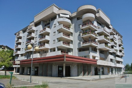 Codice annuncio: Magazzino-capannone-garage Rende1118 - 1