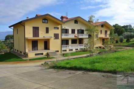 Codice annuncio: Villa San Vincenzo La Costa9819 - 1