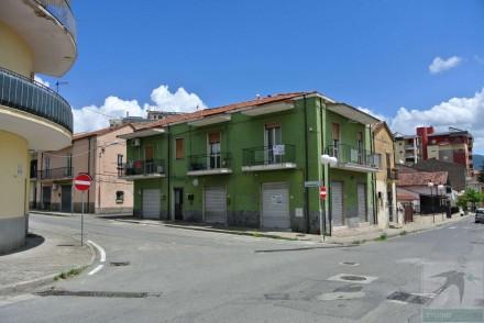 Codice annuncio: Magazzino-garage-capannone Rende3120 - 1