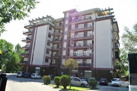 Codice annuncio: Magazzino-capannone-garage Rende4018 - 1